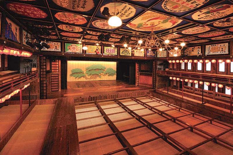 熊本県・山鹿で芝居小屋「八千代座」とレトロな町並みを楽しもう!