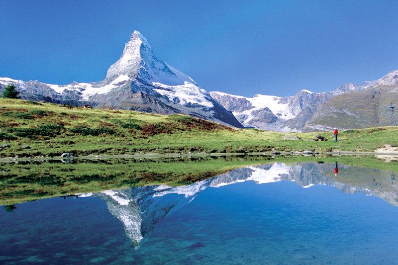 ゴンドラやロープウェイで楽しめる! スイスの人気観光地「マッターホルン」を見に行こう!!