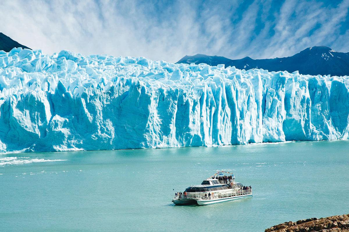 ロス・グラシアレス国立公園 ペリト・モレノ氷河 クルーズ