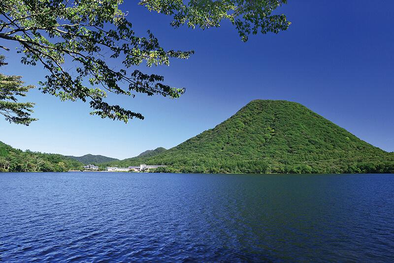 夏の榛名湖と榛名富士