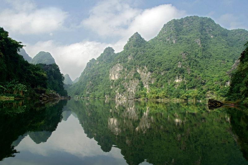 東南アジア初の世界複合遺産!! ベトナム「チャン・アン」で息をのむ絶景に出会う