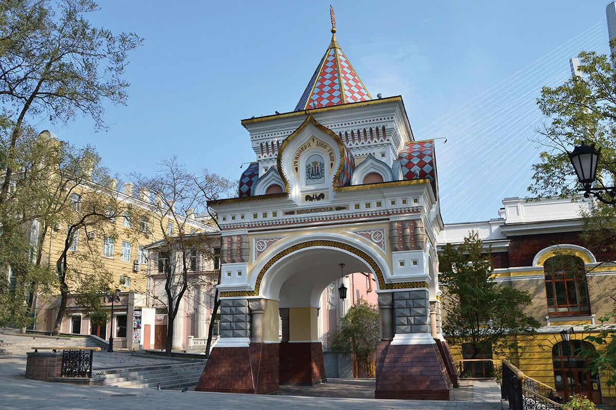 ニコライ二世凱旋門