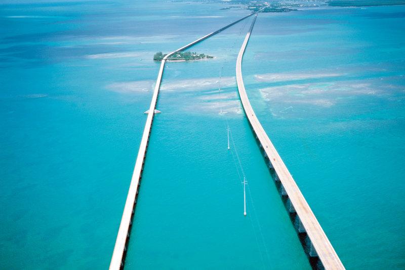絶景!! 海の上をドライブしながら行ってみよう!! フロリダ州最南端の島「キーウエスト」