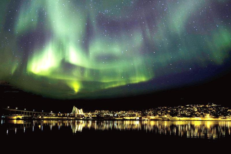 オーロラ観賞のおすすめスポット! ノルウェー北部最大の街「トロムソ」