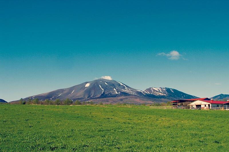 群馬県  牧場と浅間山