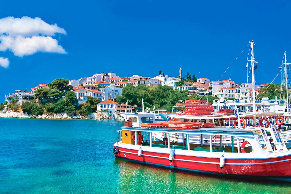 スコペロス島 港