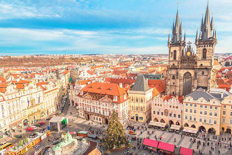 チェコ・プラハの旧市街広場