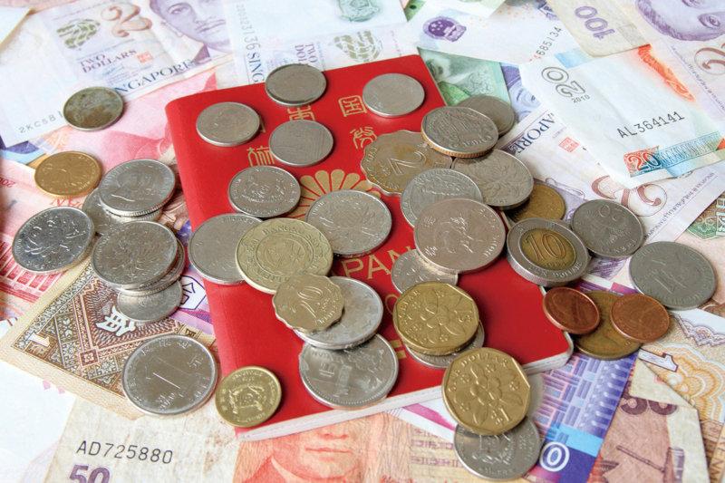 【海外旅行あるある!?】いつも小銭が余ってる!! 帰りの空港で小銭を使い切る方法とは?