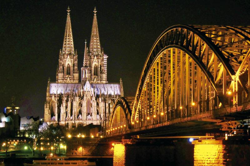 ドイツ・ケルンに恋をする。人気の観光地「ケルン」のおすすめスポット