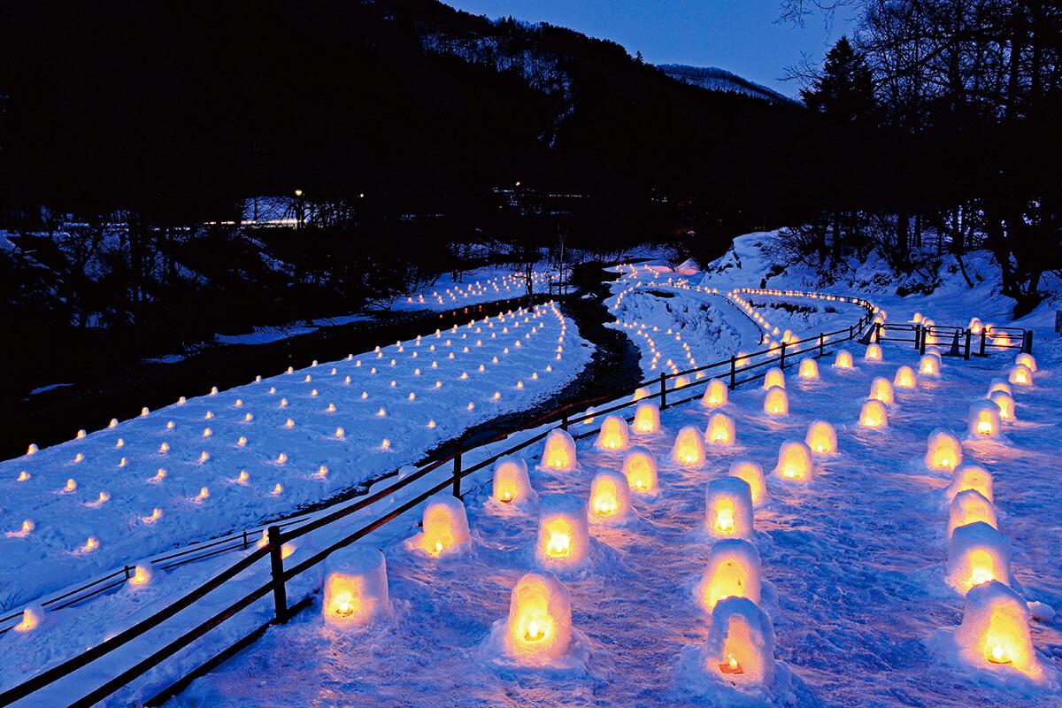 「湯西川温泉 かまくら祭」 ミニかまくら