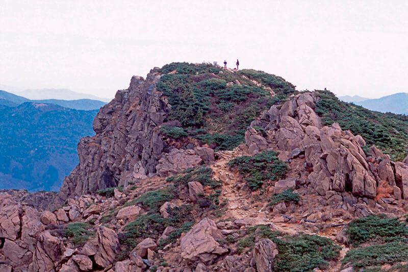 至仏山 山頂
