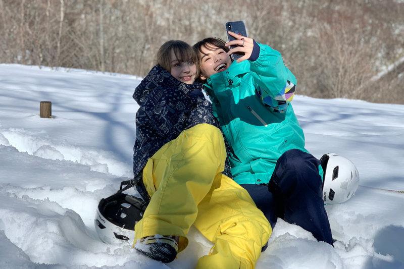 くるみとダコタローズが冬の日光を満喫!最新スノーアクティビティ「エアボード」にも挑戦!