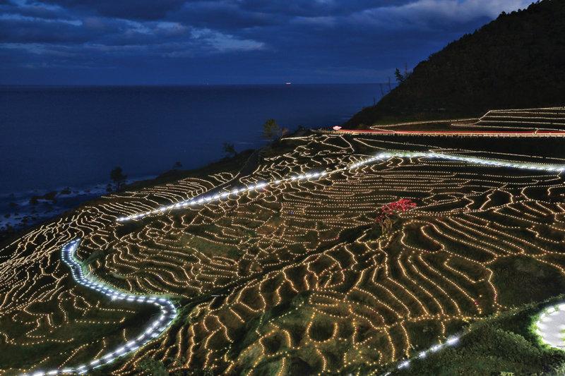 石川県の世界農業遺産!! 白米千枚田のイルミネーション「あぜのきらめき」を見に行こう!