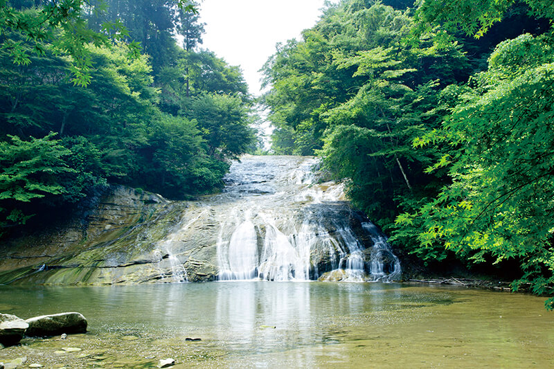 養老渓谷の栗又の滝