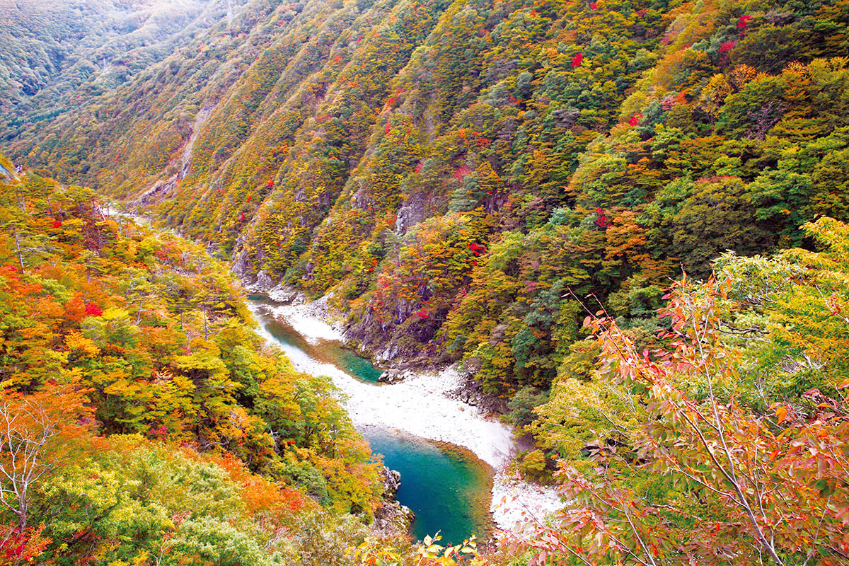 錦秋湖・和賀川