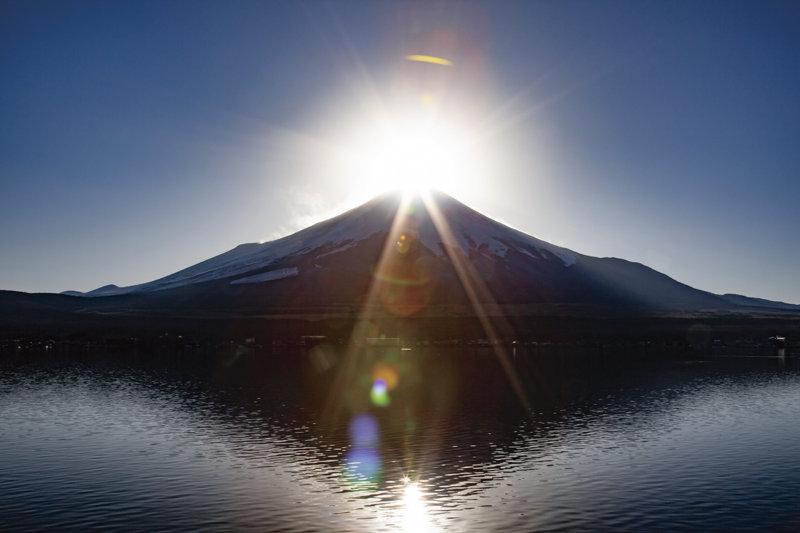富士山と太陽が織りなす絶景「ダイヤモンド富士」おすすめ観測スポットご紹介!