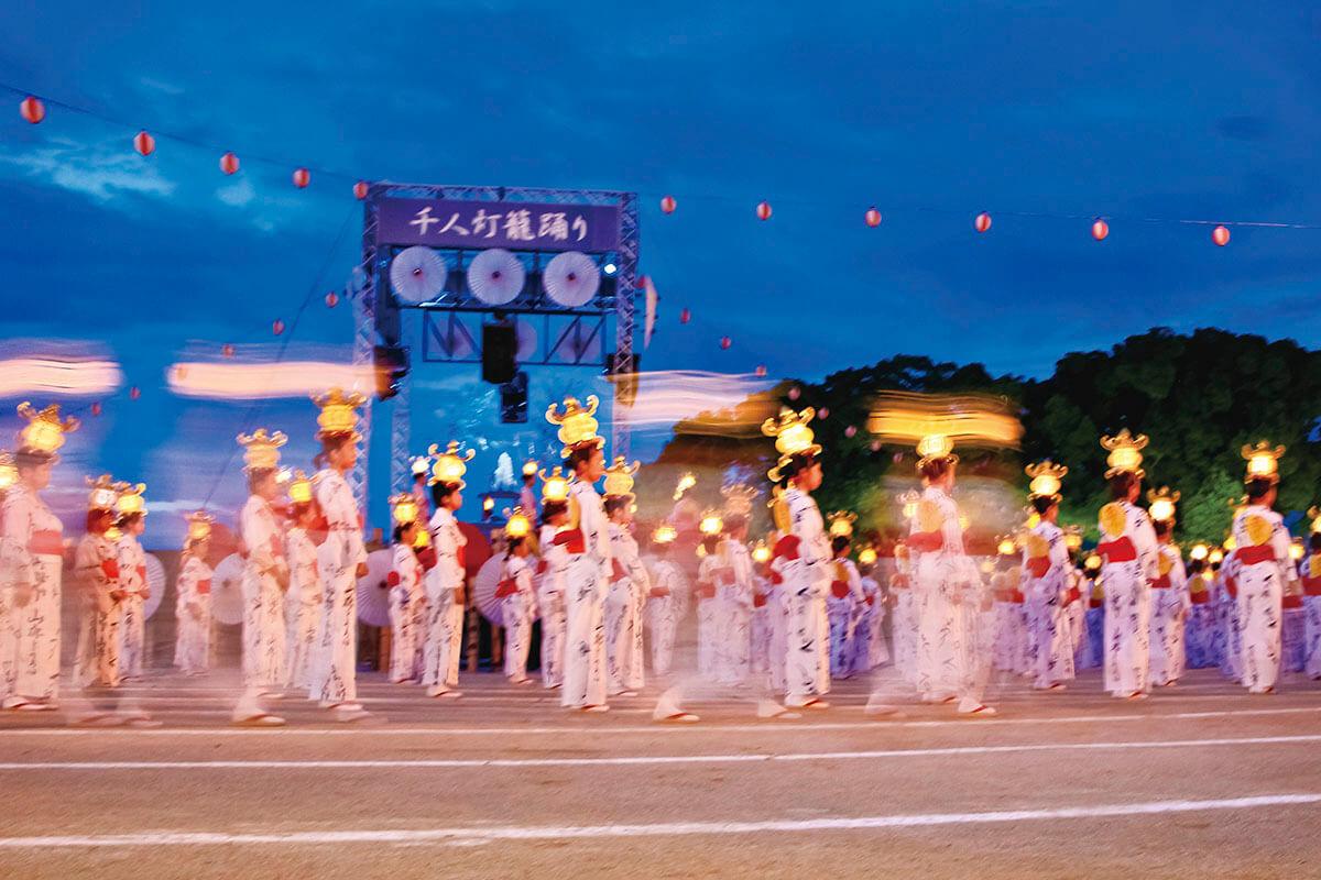山鹿灯籠祭り 千人灯籠踊り