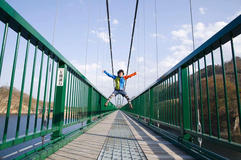 栃木県・那須塩原の恋人の聖地「もみじ谷大吊橋」で四季折々の景観を楽しもう【高い?怖い?】