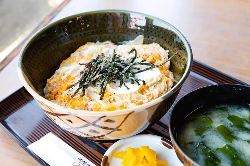 江ノ島丼 1,080円 / 冨士見亭