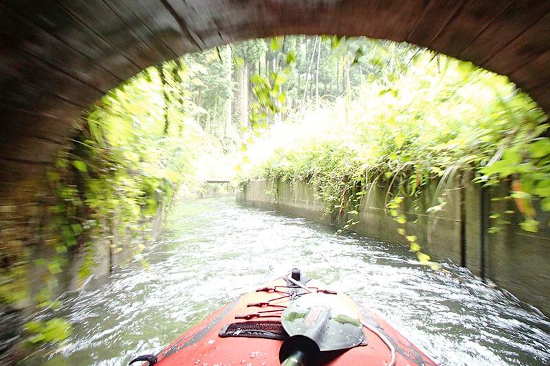 イデベンチャー 水路トンネル