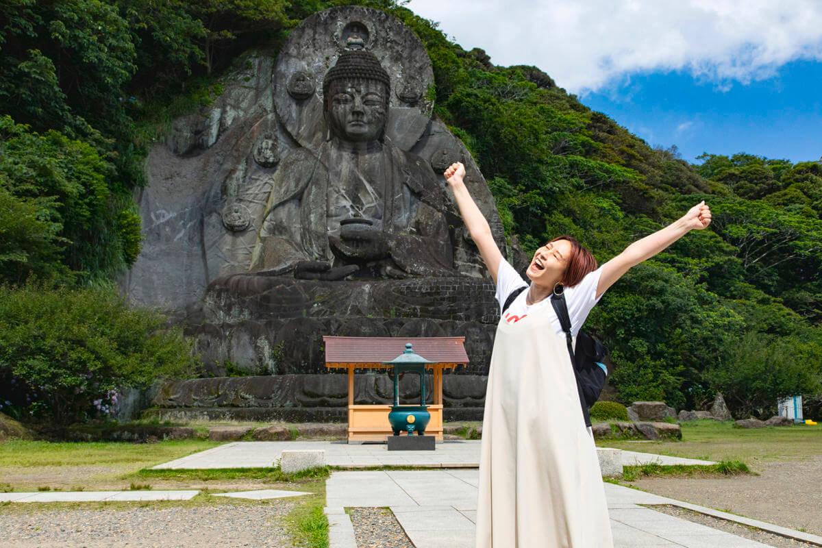 鋸山・日本寺の大仏「薬師瑠璃光如来」