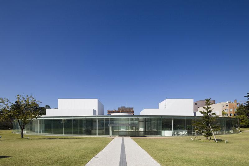フォトジェニックで面白い見どころ満載!! 石川県の「金沢21世紀美術館」を訪れよう!