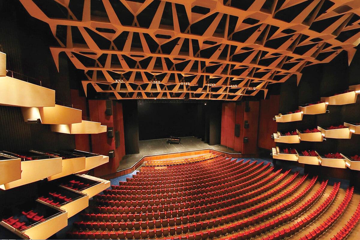 プレイス・デ・アーツのサル・ウィルフリッド・ペルティエ © Place des Arts