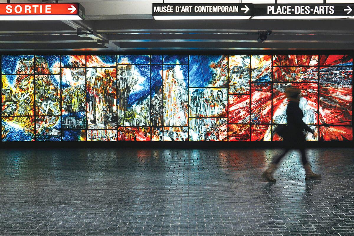 プレイス・デ・アーツ駅のアート © Alexis Monerville