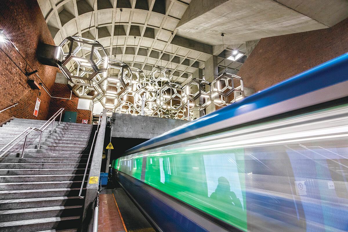 モントリオールの地下鉄駅 © Arcpixel