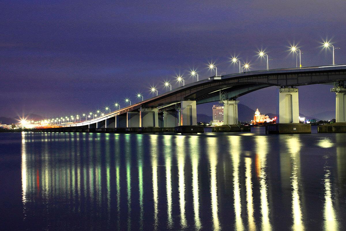 滋賀県大津市 琵琶湖大橋