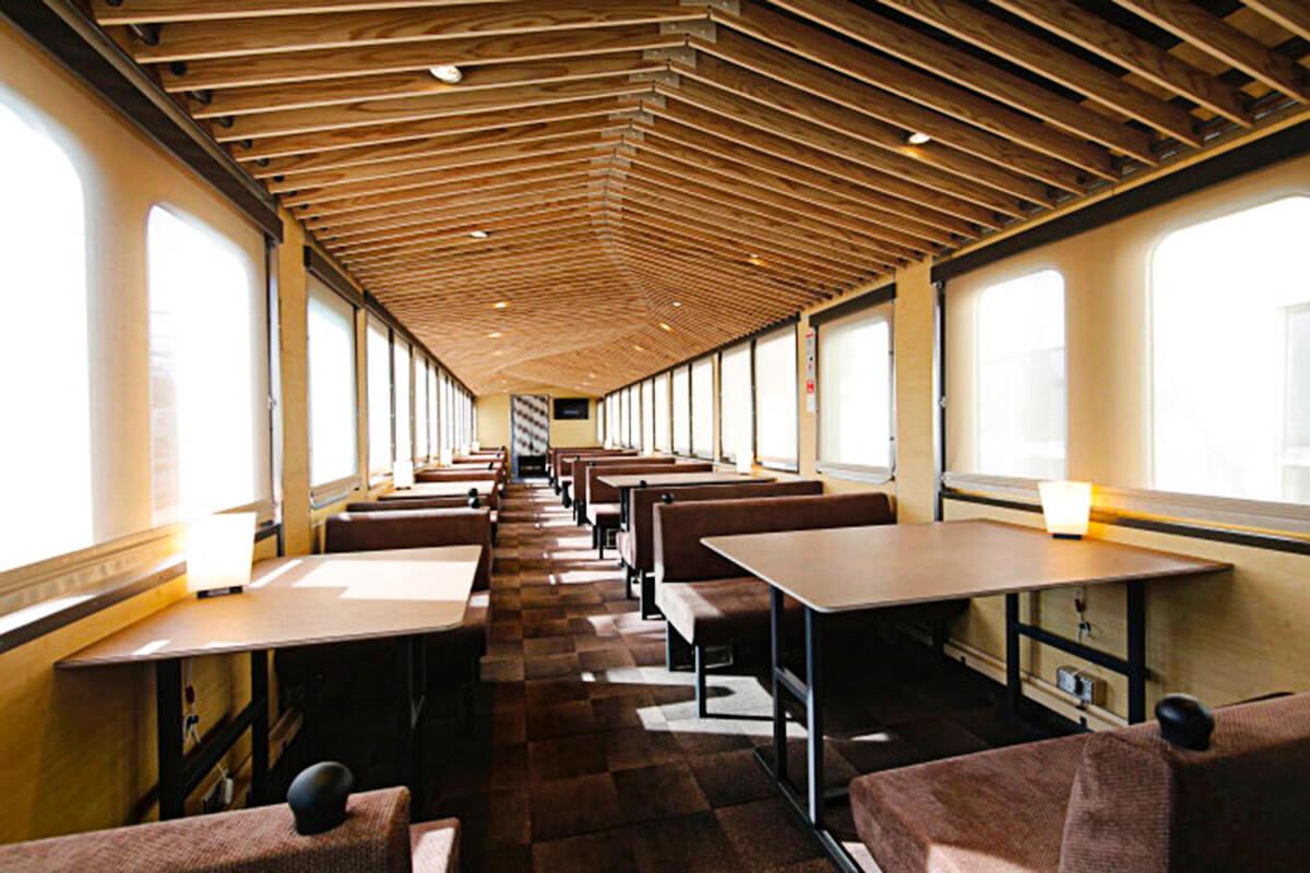 西武 旅するレストラン「52席の至福」 客室