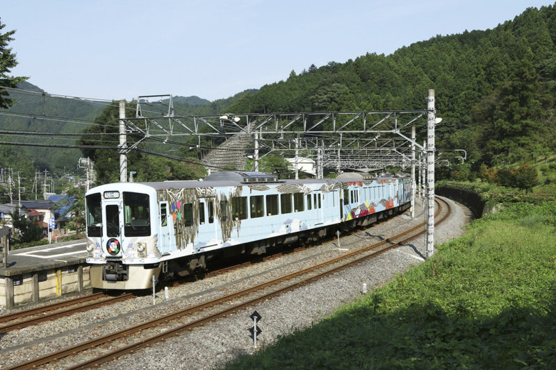 都心から埼玉県・秩父へラグジュアリーな列車旅。西武 旅するレストラン「52席の至福」をご紹介!