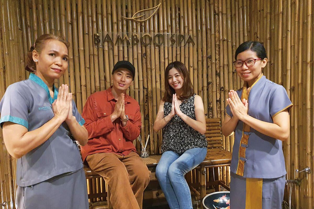 バンコク在住のyuchicoです!! (右から2番目)