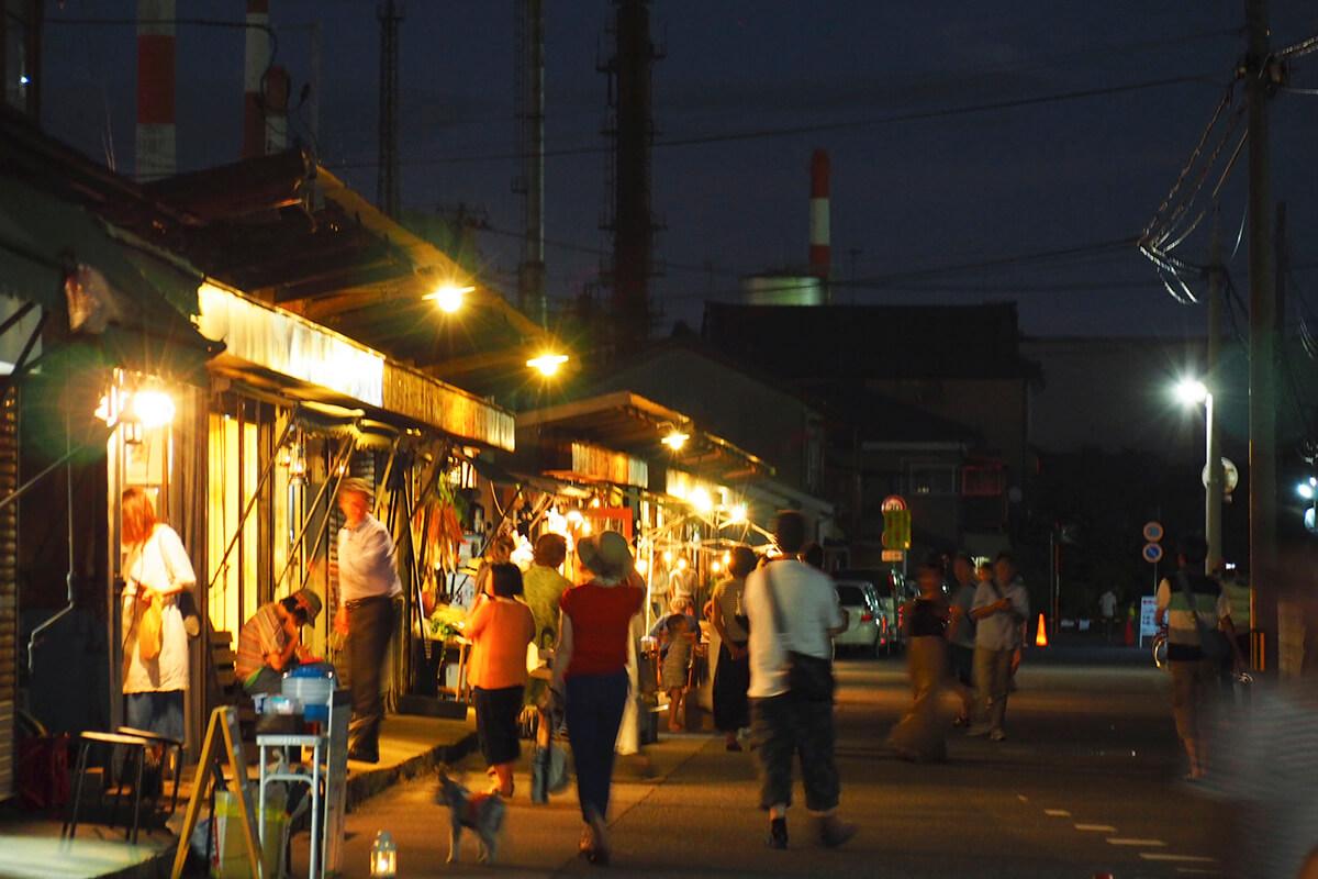 沼垂テラス商店街の夜市