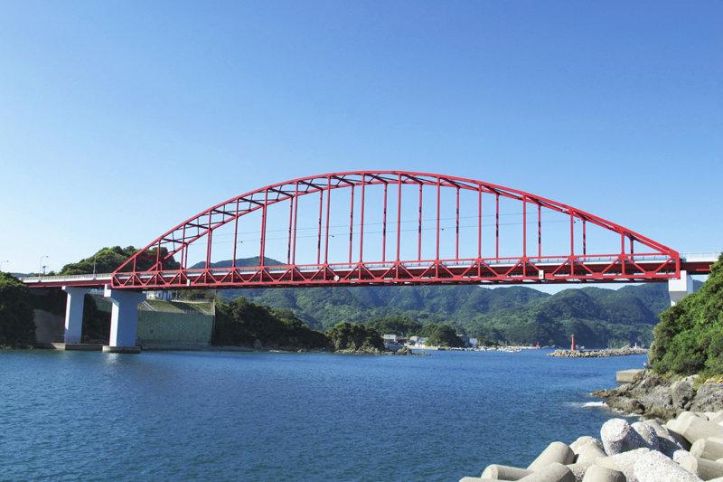 長崎県観光の絶景スポット野母崎!! 青の洞窟クルージングやドライブが楽しめる!