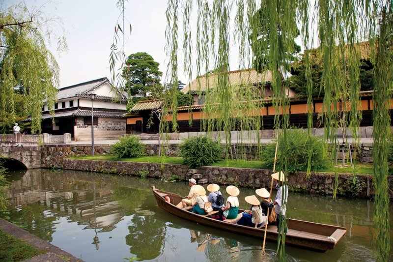 デニム浴衣で絶品パフェを。歴史ある岡山・倉敷美観地区で満喫する大人の女子旅