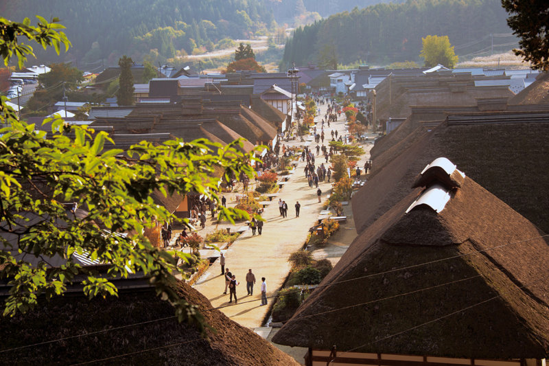 江戸時代の風情を感じる大人女子旅を。福島県会津の宿場町「大内宿」が素敵