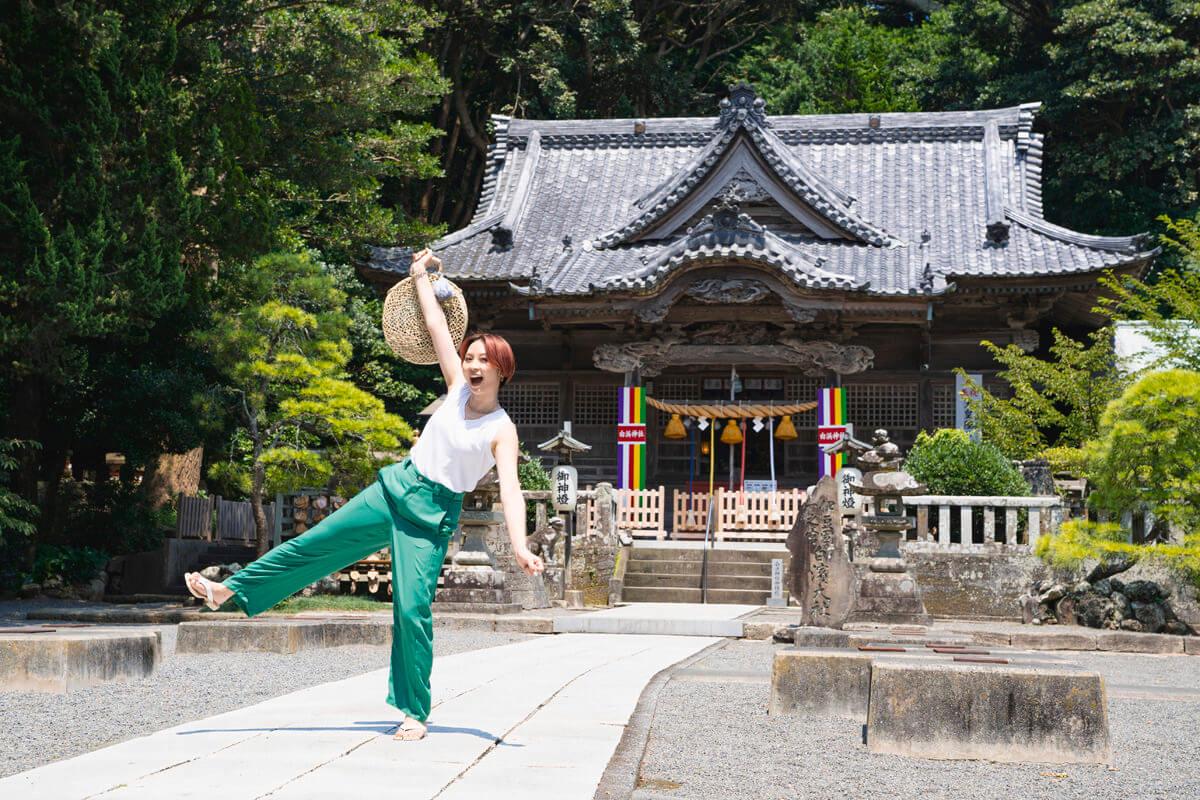 白浜神社 拝殿