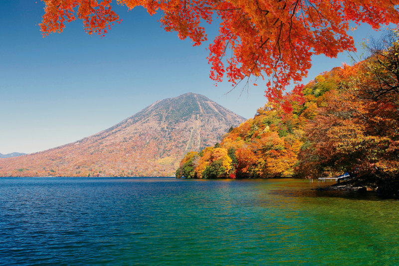 週末旅行におすすめ!! 美しい紅葉が見られる栃木県・奥日光「中禅寺湖」へ行ってみよう。