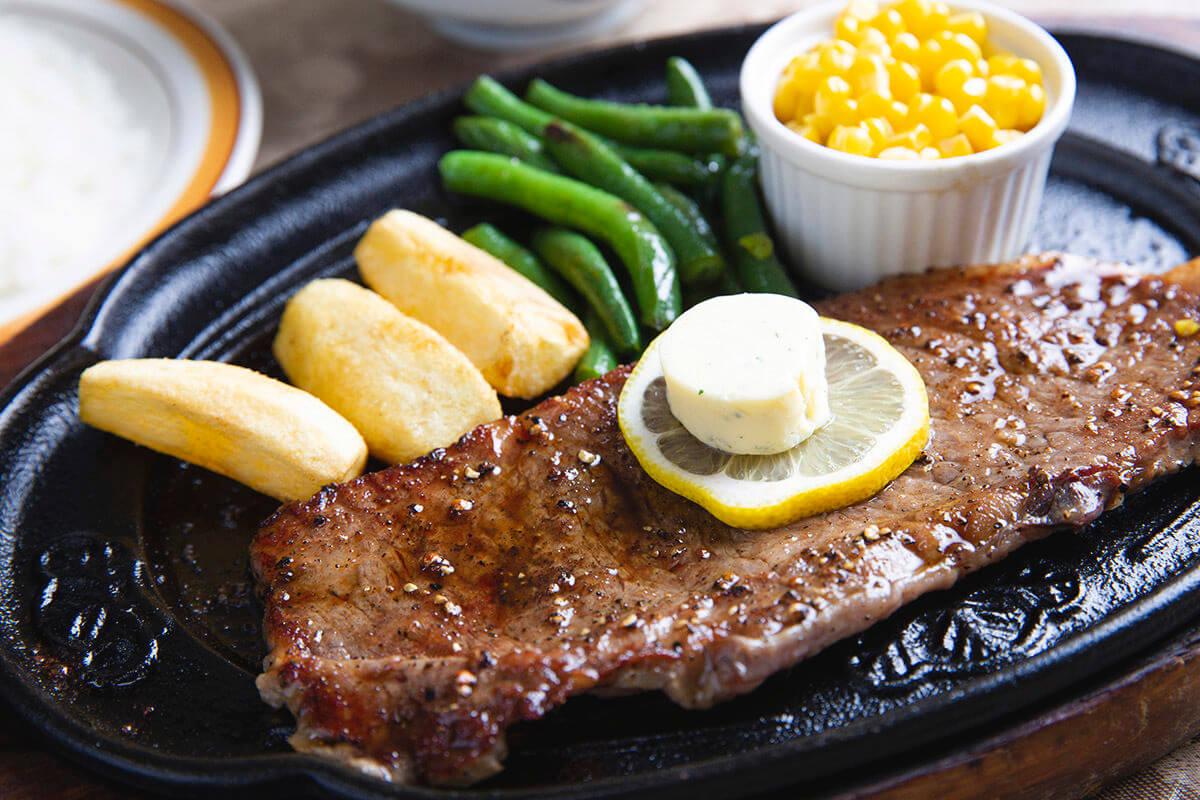 五島牛のステーキ(和風レストラン 望月)
