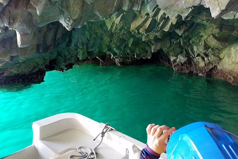 浄土ヶ浜 青の洞窟