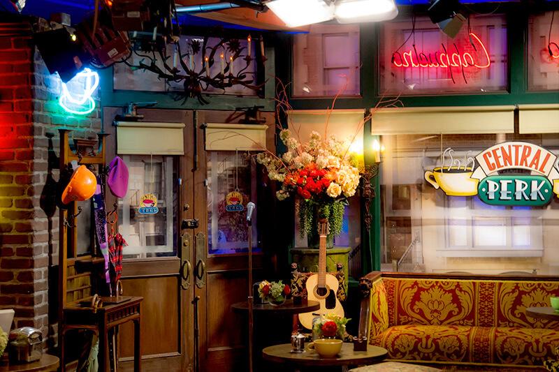 『フレンズ』ニューヨーク セントラルパークカフェ