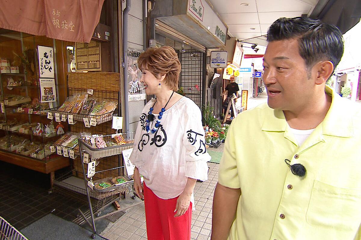 山口智充、小林幸子 ©関西テレビ