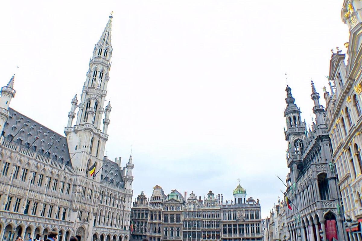ジーンちゃんはベルギー・ブリュッセルへ ©関西テレビ