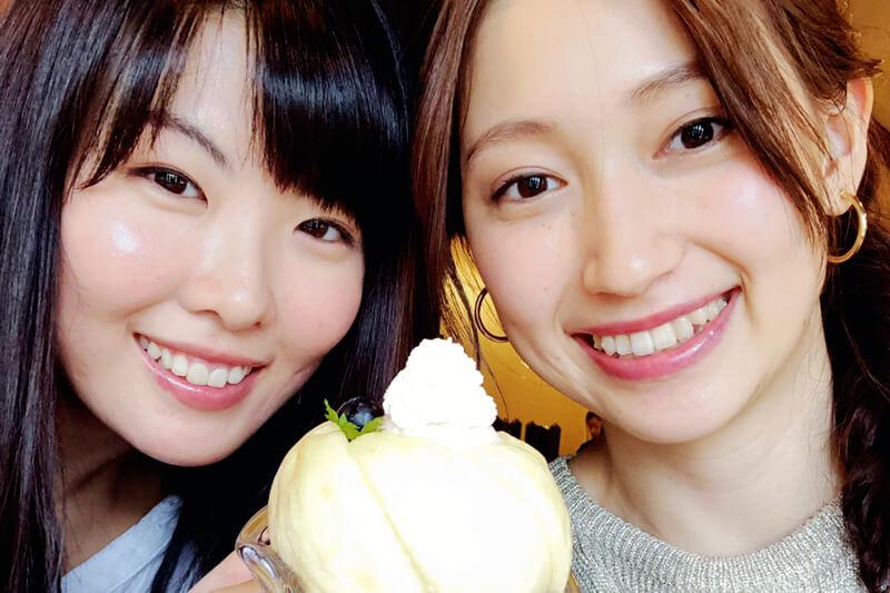 「くらしき桃子」の総本店にて。左から福田麻由子、大野いと ©TBS